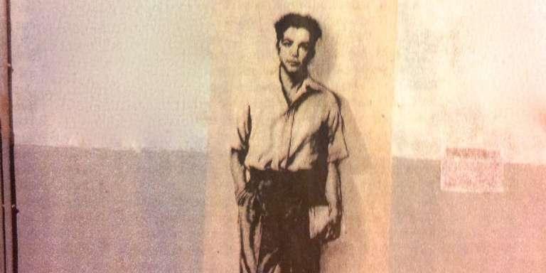 Portrait de Maurice Audin peint sur le mur de la rue du 19 mai 1956 à Alger. Dessin d'Ernest Pignon-Ernest.