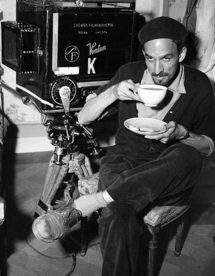 Ingmar Bergman en 1957, lors du tournage du «Septième sceau».