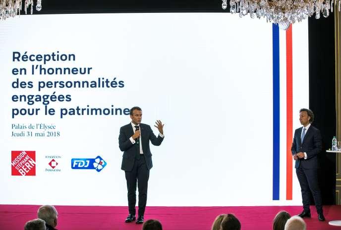 Le président Emmanuel Macron présente son plan pour la préservation du patrimoineà l'Elysée, le 31 mai 2018.