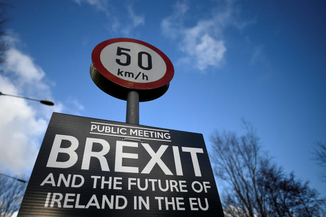 Parmi les sujets évoqués lors du sommet convoqué par Sebastian Kurz les 19 et 20 septembre, le Brexit. Ici, un panneau situé à Muff (Irlande), situé à la frontière entre l'Irlande du Nord et la République d'Irlande.