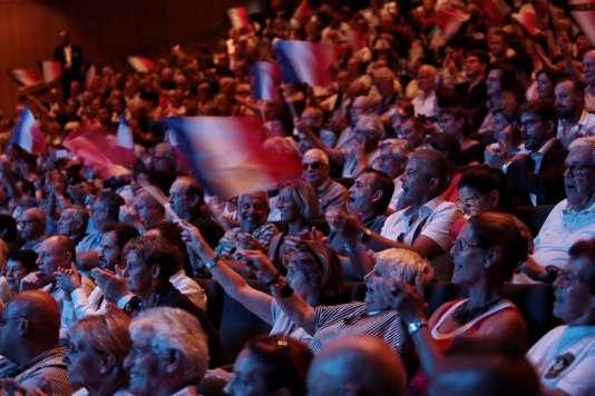Dans la salle, lors du discours de Marine Le Pen, à Fréjus (Var), le 16 septembre.