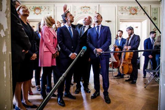 Emmanuel et Brigitte Macron visitent la villa Viardot, lors des Journées européennes du patrimoine, à Bougival (Yvelines), le 15septembre.
