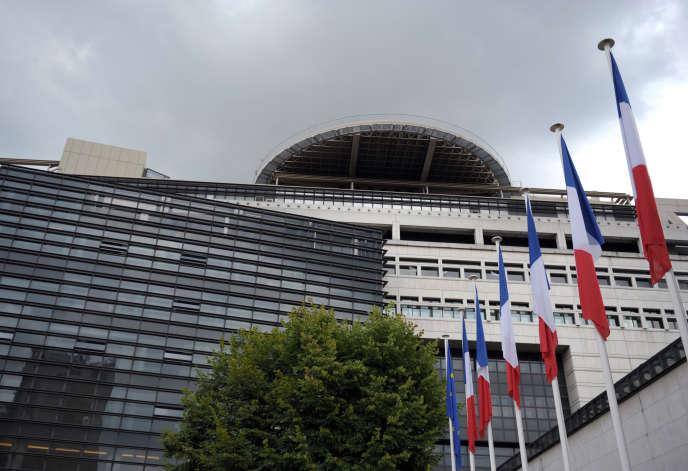 Le ministère de l'économie et des finances, dans le quartier de Bercy, à Paris.