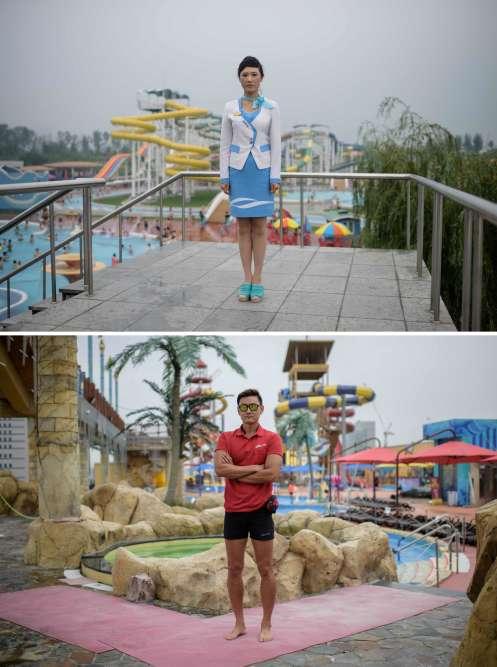 En haut, Choe Un-hwa fait partie du personnel du Munsu Water Park, un parc aquatique géré par l'Etat, situé à l'est de Pyongyang. En bas, le sauveteur Kim Young-hoon, qui travaille au parc aquatique One Mount, à Ilsan.