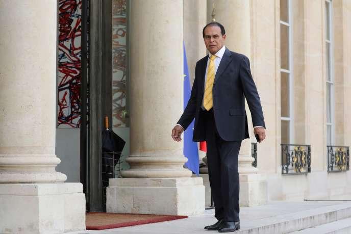 L'ancien ministre délégué au tourisme de Jacques Chirac, Léon Bertrand, a été incarcéré lundi 17 septembre au centre pénitentiaire de Rémire-Montjoly.