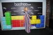 Paris Hilton, lors d'un lancement d'une collection du site britannique de mode Boohoo, à Hollywood, en Californie, le 21 mars
