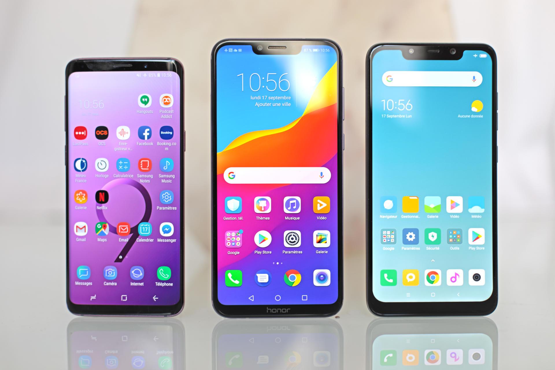 Le Honor est encadré par le Samsung S9 (à gauche) et le Pocophone (à droite)