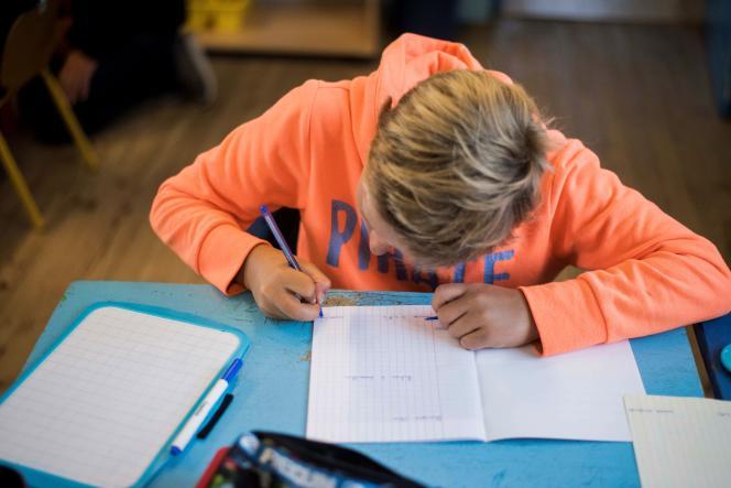 Dans la plupart des établissements, les élèves répondront aux tests sur un cahier.