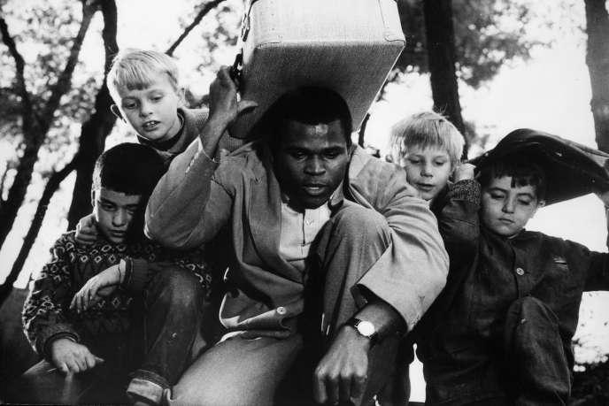 « Rue des Cascades», film français de Maurice Delbez, sorti en salle en 1964.