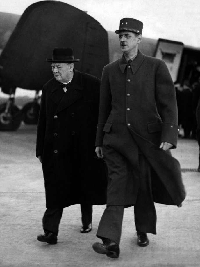Charles de Gaulle, président du gouvernement provisoire et Winston Churchill, premier ministre britannique, le 10 novembre 1944.