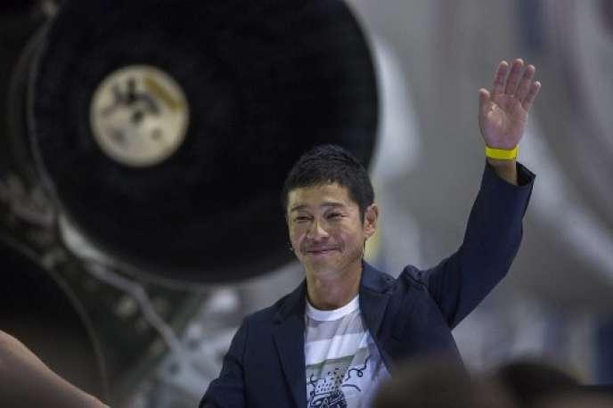 Le milliardaire japonais Yusaku Maezawa, le 17 septembre au siège de SpaceX à Hawthorne en Californie.