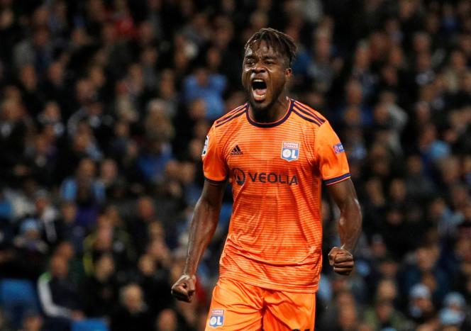 Le Lyonnais Maxwel Cornet ouvre la marque contre Manchester City, mercredi 19 septembre.