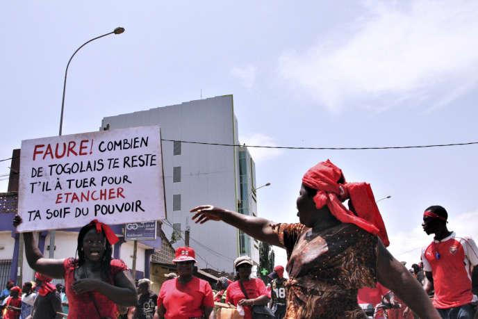 Manifestation contre le président togolais Faure Gnassingbé, à Lomé, le 5 octobre 2017.