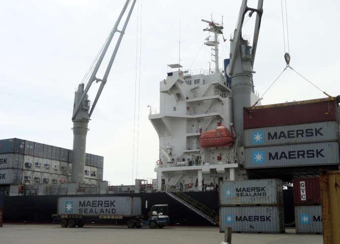 Un quai du port de Monrovia, au Liberia, qui aurait été l'un des deux points d'entrée dans le pays des conteneurs et des sacs de billets de banque ayant par la suite disparu.