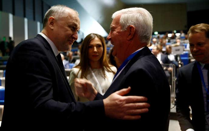 Youri Ganus (à gauche), le patron de Rusada, et Craig Reedie, le président de l'Agence mondiale antidopage, à Lausanne, le 21 mars.