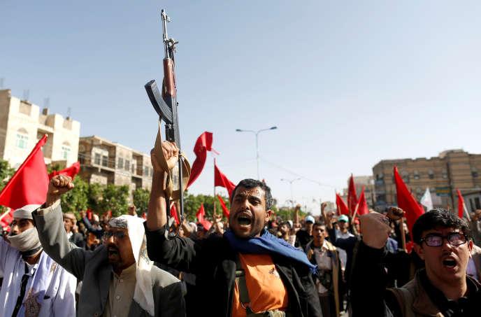 Un militant houthiste lors d'un rassemblement à Sanaa, le 20septembre, célébrant le quatrième anniversaire de la prise de la capitale yéménite par les rebelles.