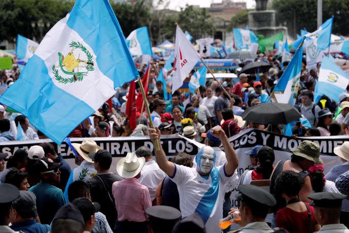 Ils étaient des milliers à Guatemala City, jeudi 20 septembre.