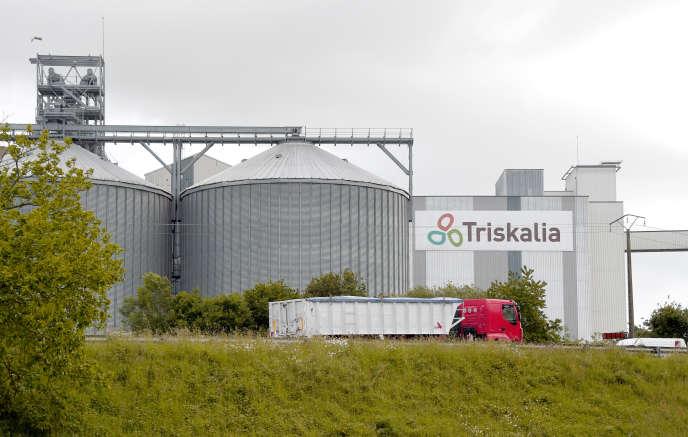 L'usine de Triskalia – plus gros vendeur de pesticides en Bretagne – à Plouagat (Côtes-d'Armor).