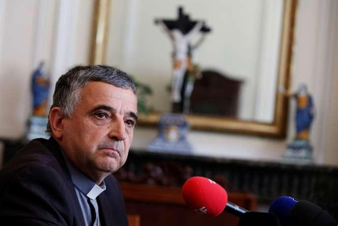 L'archevêque de Rouen, Dominique Lebrun, lors d'une conférence de presse, le 20septembre.