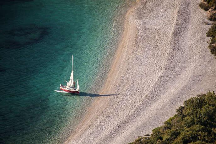 La plage de Lubenice est régulièrement classée parmi les plus belles du monde. Sauf qu'il faut trois bons quarts d'heure à pied pour y accéder.
