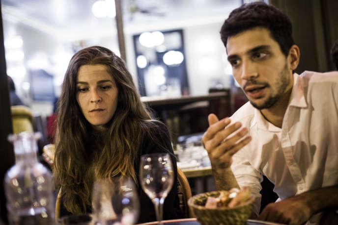Chloé P. et Georgios D., les deux jeunes molestés place de la Contrescarpe, le 1er mai. A Paris, le 19 septembre.