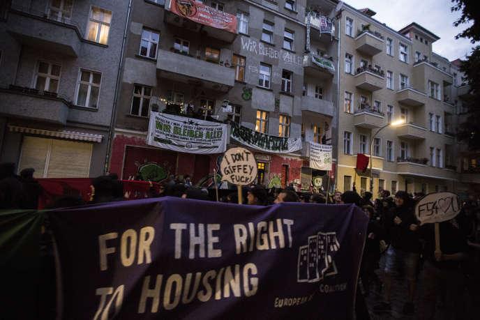 Manifestation pour le droit au logement dans le centre de Berlin, le 24 juin 2017.