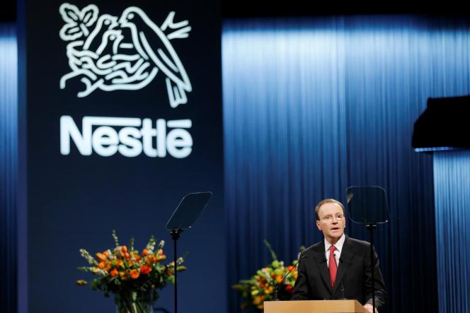 Le patron de Nestlé, Ulf Mark Schneider, lors de l'assemblée générale du groupe, àLausanne, en Suisse, le 12 avril.