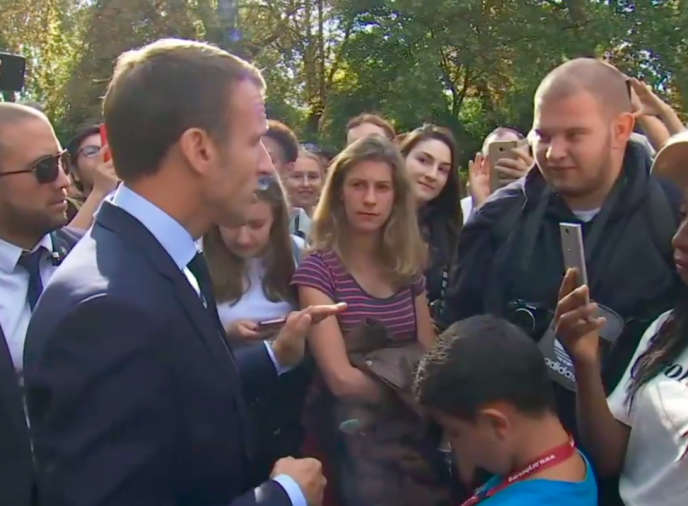 Le jeune horticulteur sans emploi interpellé par le président de la République, dans le parc de l'Elysée, le 15 septembre.