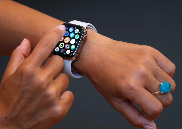 Une Apple Watch, dans un Apple Store, àOmotesando, au Japon, le 21 septembre 2018.