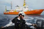 Louis Wilmotte,28 ans, sauveteur pour SOS Méditerranée. Lors d'un exercice de secours sur l'un des trois canots dont dispose l'équipage de l'Aquarius. Entre Sfax et Lampedusa, le 18 septembre 2018.