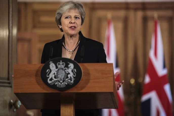 La première ministre britannique, Theresa May, lors d'une allocution sur les négociations du Brexit, au 10 Downing Street, à Londres, le 21 septembre.