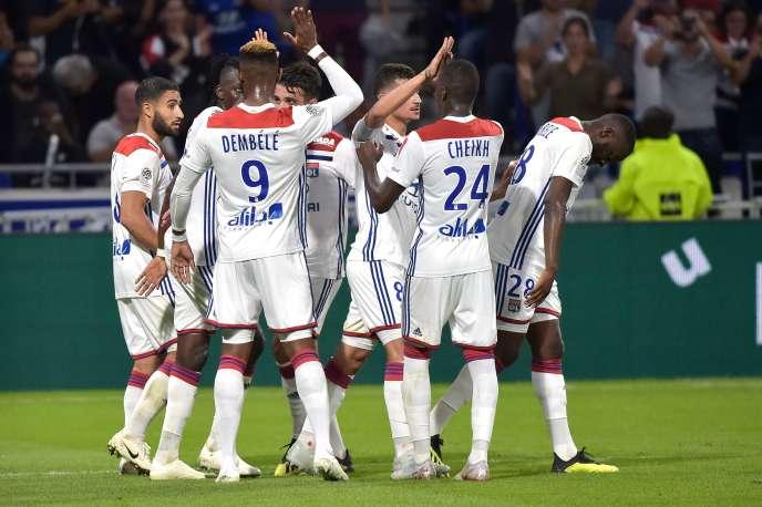 Lyon a surclassé (4-2) Marseille, dimanche 23 septembre, en clôture de la sixième journée de Ligue 1.