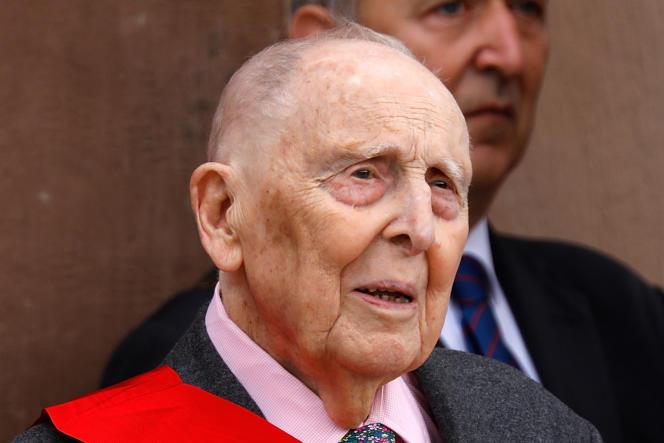 Daniel Cordier lors d'une cérémonie à Suresnes, le 18 juin 2018.