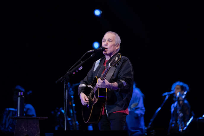 Paul Simon lors de son concert d'adieu, au Corona Park de Flushing Meadows, dans le Queens (New York), le 22 septembre.