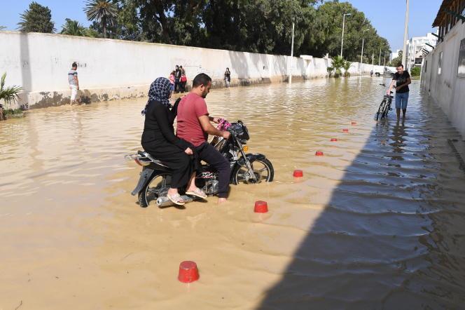 Les pluies records qui ont fait cinq morts, les 22 et 23 septembre 2018, ont endommagé de nombreux ponts et routes àNabeul, chef-lieu du gouvernorat.
