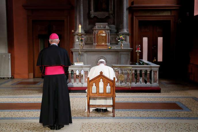 « Le droit canon pose des problèmes quand il s'agit de signaler les violences sexuelles à l'encontre des mineurs aux autorités civiles» (Le pape François en prière, le 25 août, à Dublin).