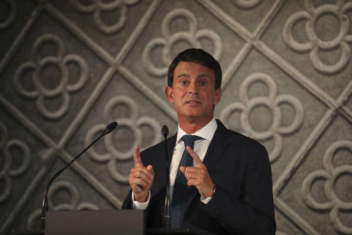 Manuel Valls lors de l'annonce de sa candidature à la mairie de Barcelone, le25septembre.
