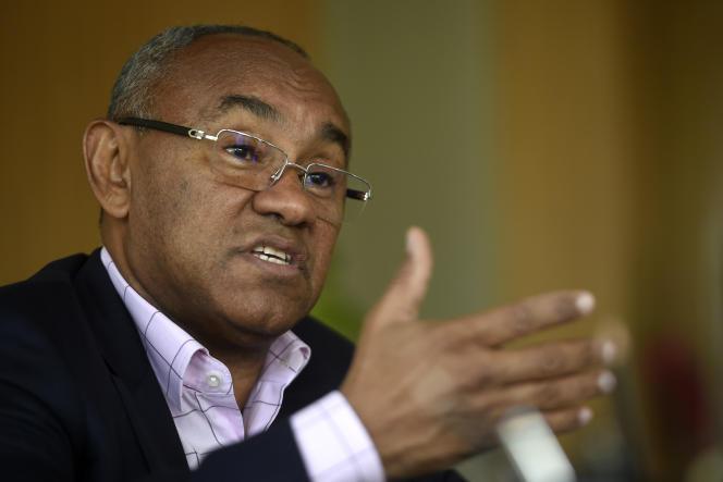 Le président de la Confédération africaine de football, au Caire, le 22 avril 2018.