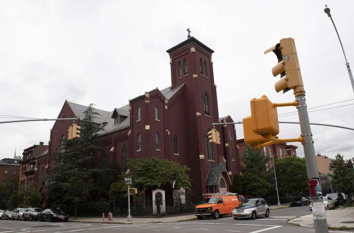Une église de Brooklyn, dont le diocèse devra verser 23 millions de dollars à quatre victimes de pédophilie aux termes d'un arrangement financier.