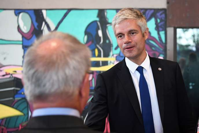 Le président de LR, Laurent Wauquiez, en visite à Divonne-les-Bains, dans l'Ain, le 20septembre.