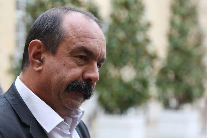 Le secrétaire général de la CGT, Philippe Martinez, à l'Hôtel Matignon, le 29 septembre.
