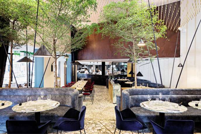 Le décor design et grandiose du restaurant Zebra, à Paris, est signé par Reinh.