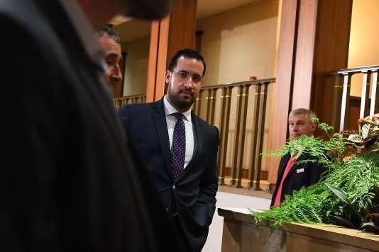 Alexandre Benalla à son arrivée devant la commission d'enquête du Sénat, à Paris, le 19 septembre.