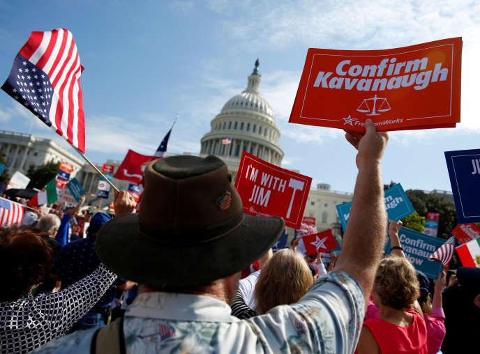 Des partisans du jugeBrett Kavanaugh, le 26 septembre à Washington.