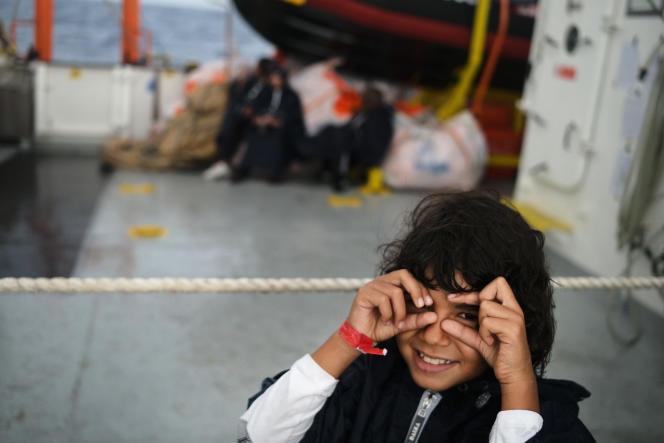 Une des dix-sept mineurs à bord de l'«Aquarius», le 25 septembre.