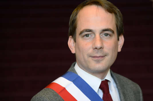 Patrice Bessac, maire de Montreuil.
