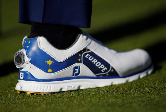 Le golfeur anglais Ian Poulter, à l'entraînement au Golf national de Saint-Quentin-en-Yvelines, mardi 25 septembre.