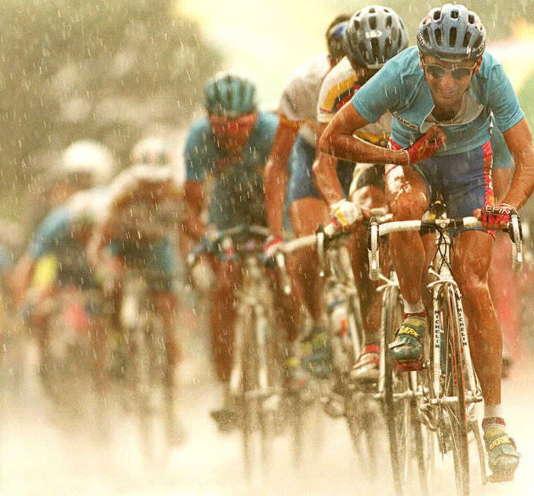 Il pleut sur Leonardo Piepoli.