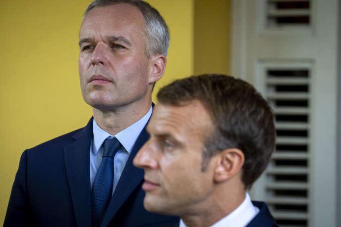 Le ministre de la transition écologique et solidaire, François de Rugy et Emmanuel Macron, à Fort de France (Martinique), le 27 septembre.