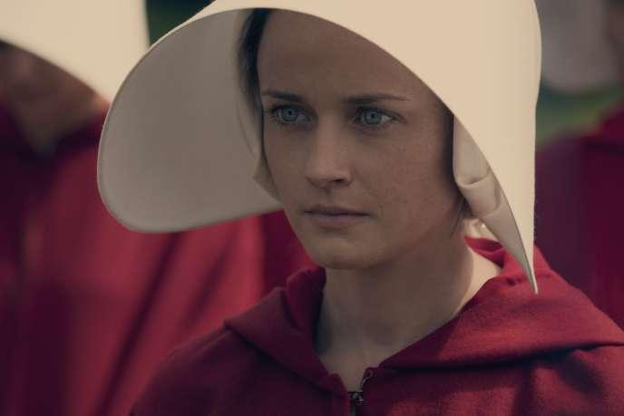 Alexis Bledel dans« La Servante écarlate».